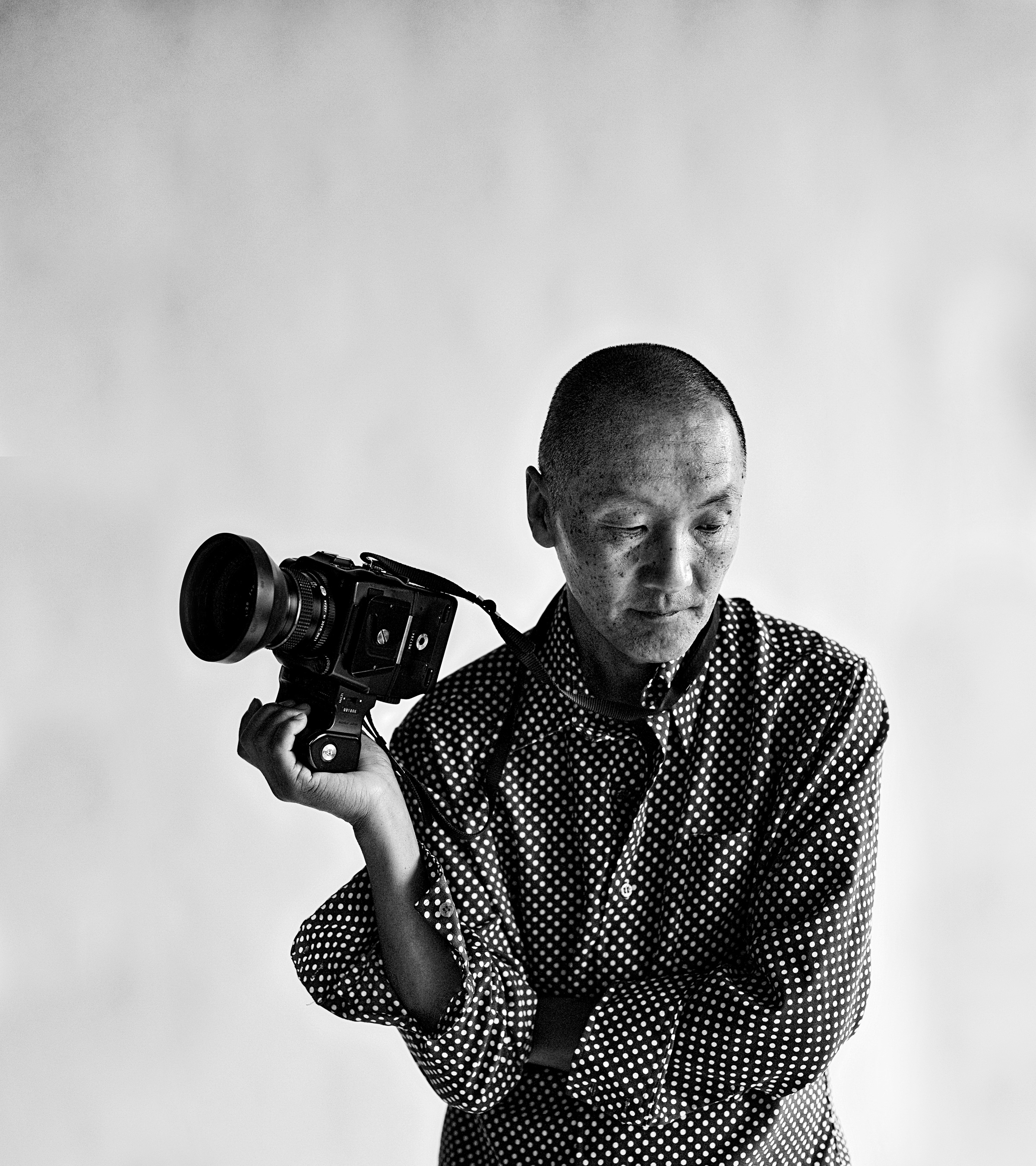 Mcknight names photographer wing young huie as 2018 distinguished artist